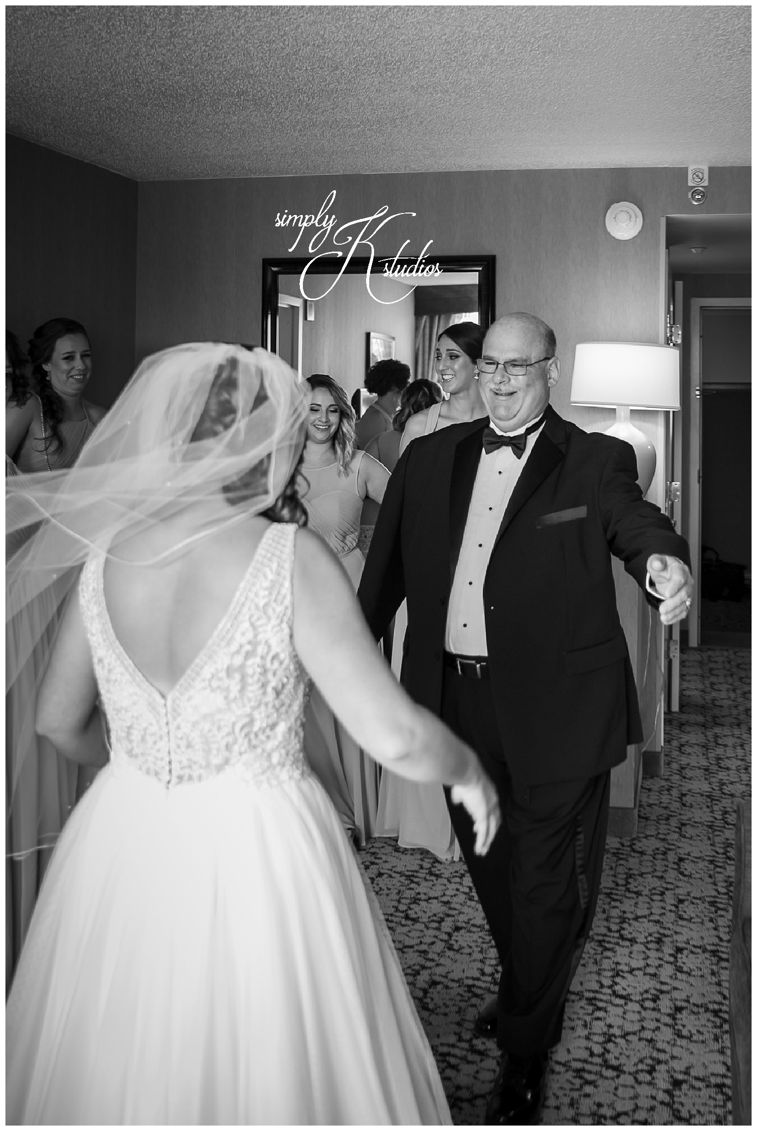 Bride's first look with Dad.jpg
