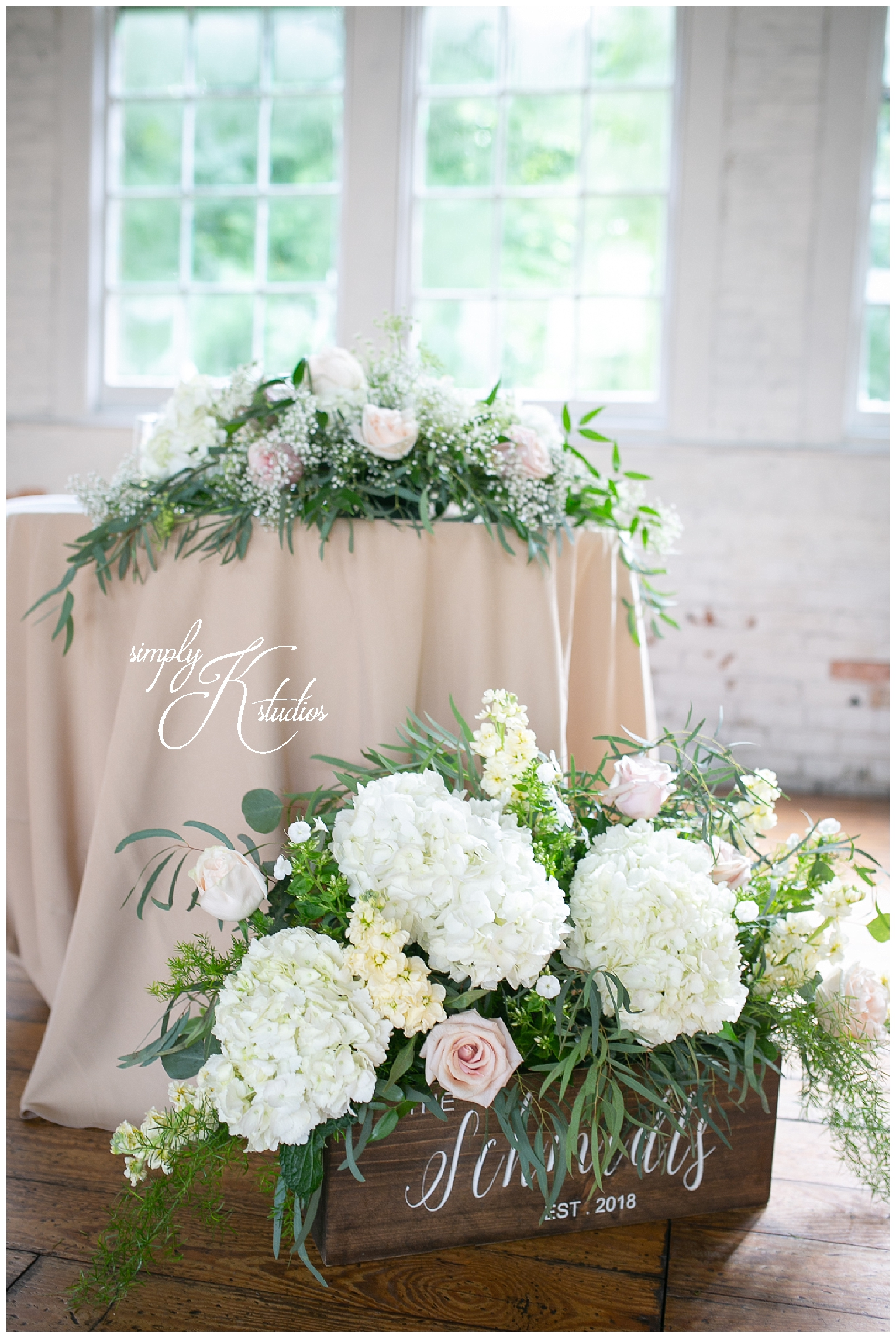 Sweetheart Table at The Lace Factory.jpg