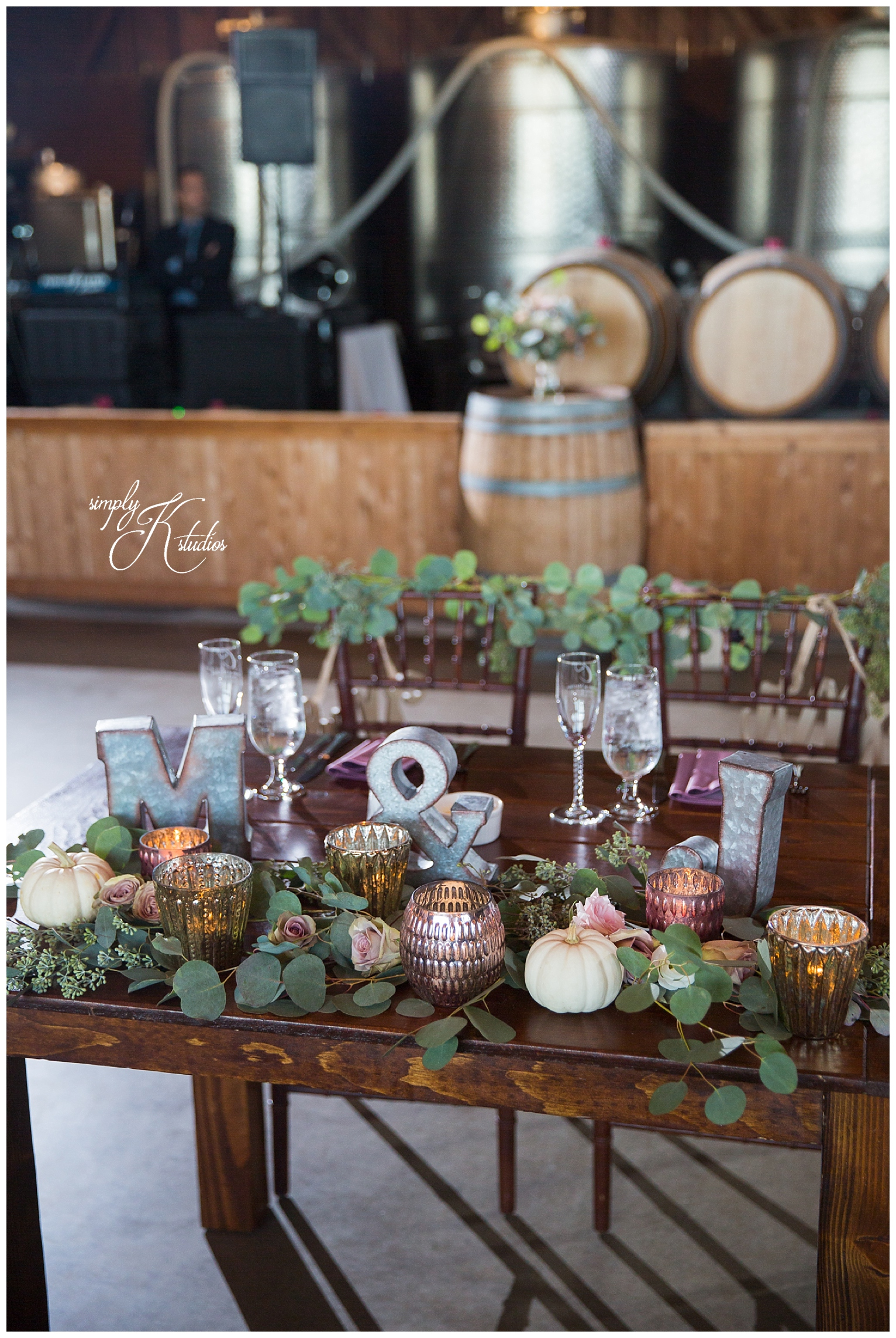 95 Sweetheart Table at Saltwater Farm Vineyard.jpg