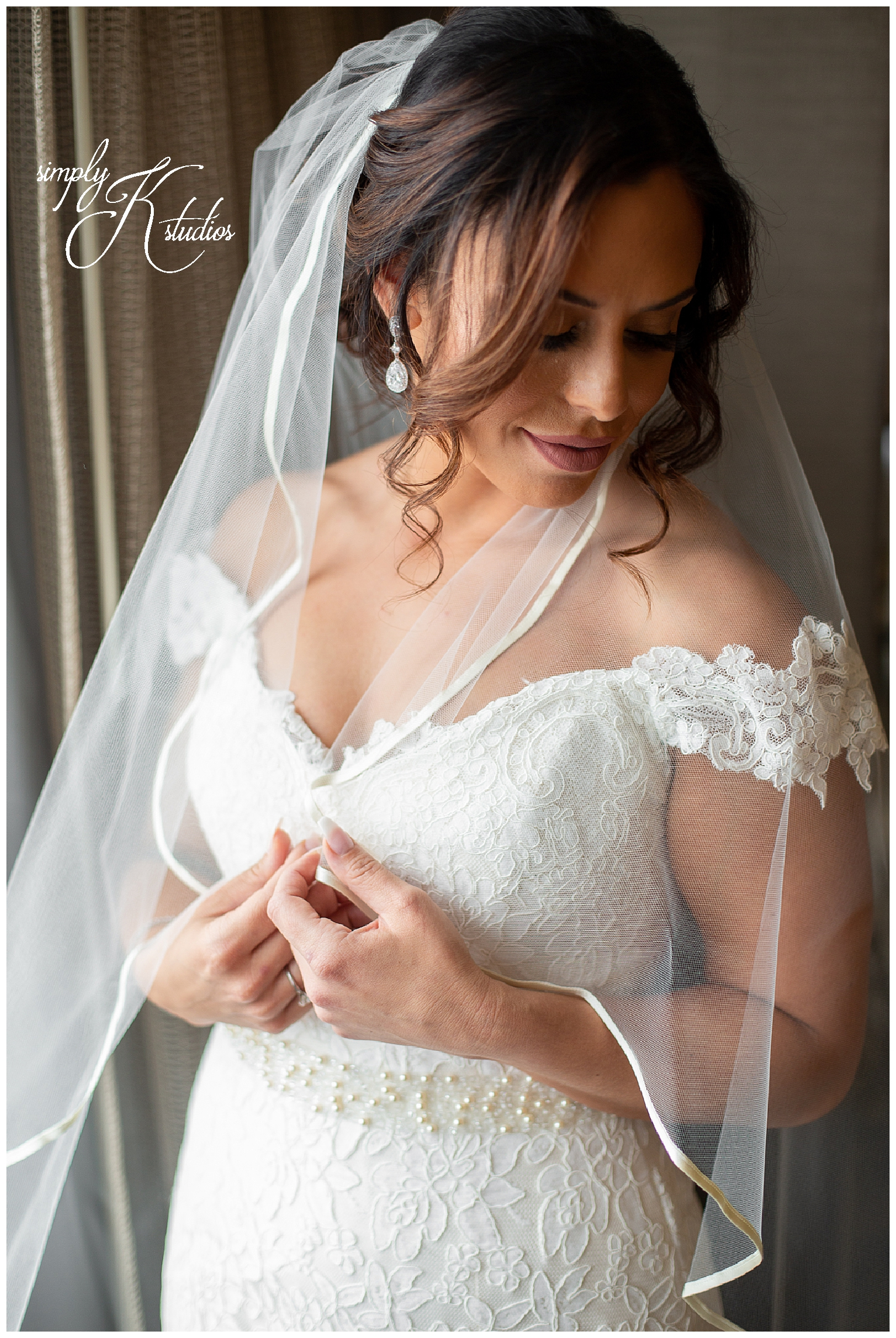 24 Wedding Photographers in Hartford CT.jpg