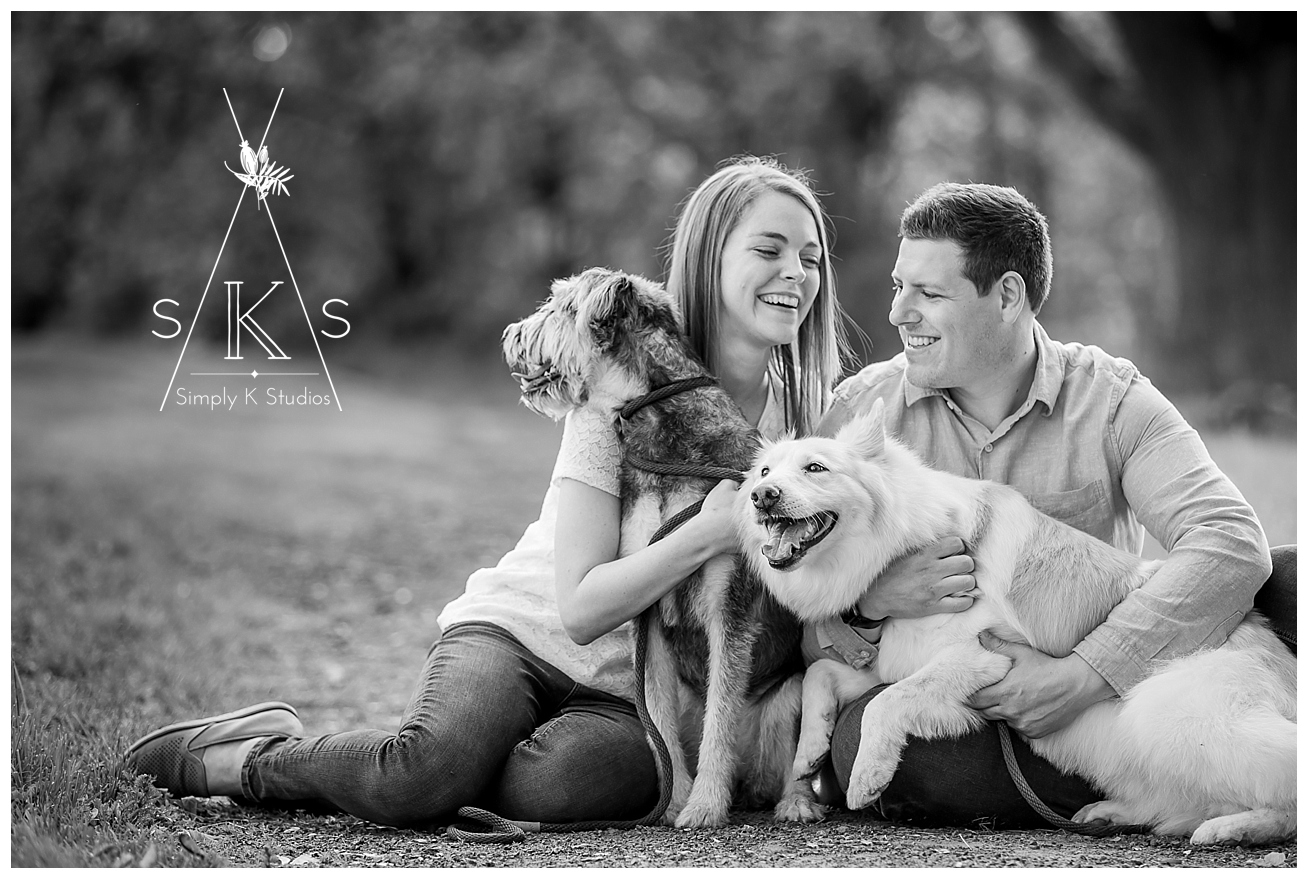 10 Engagement Photos with Dogs.jpg