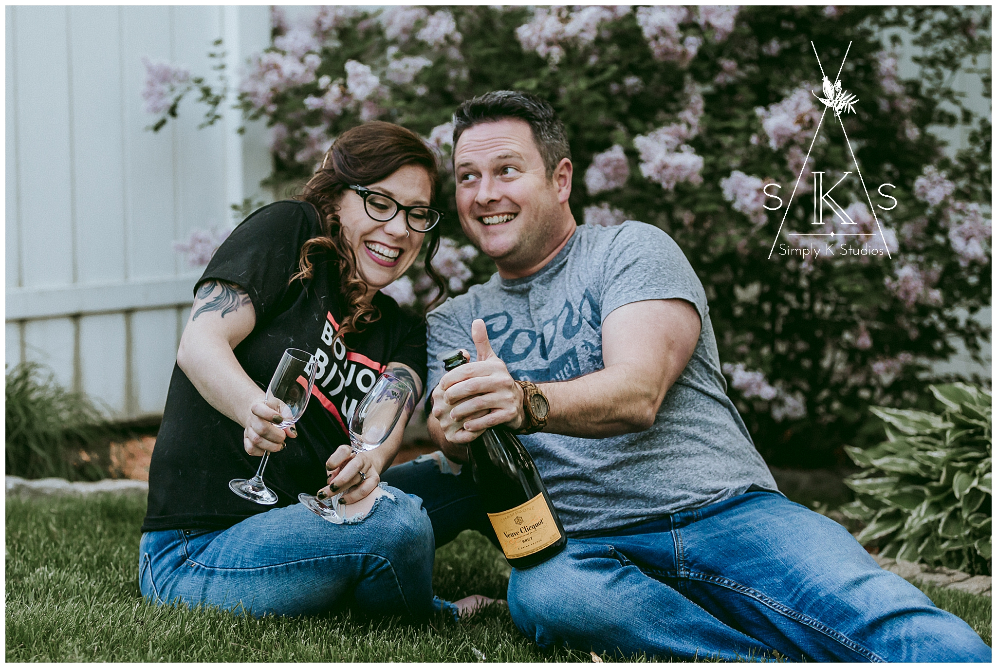 19 Champagne Engagement Photos.jpg