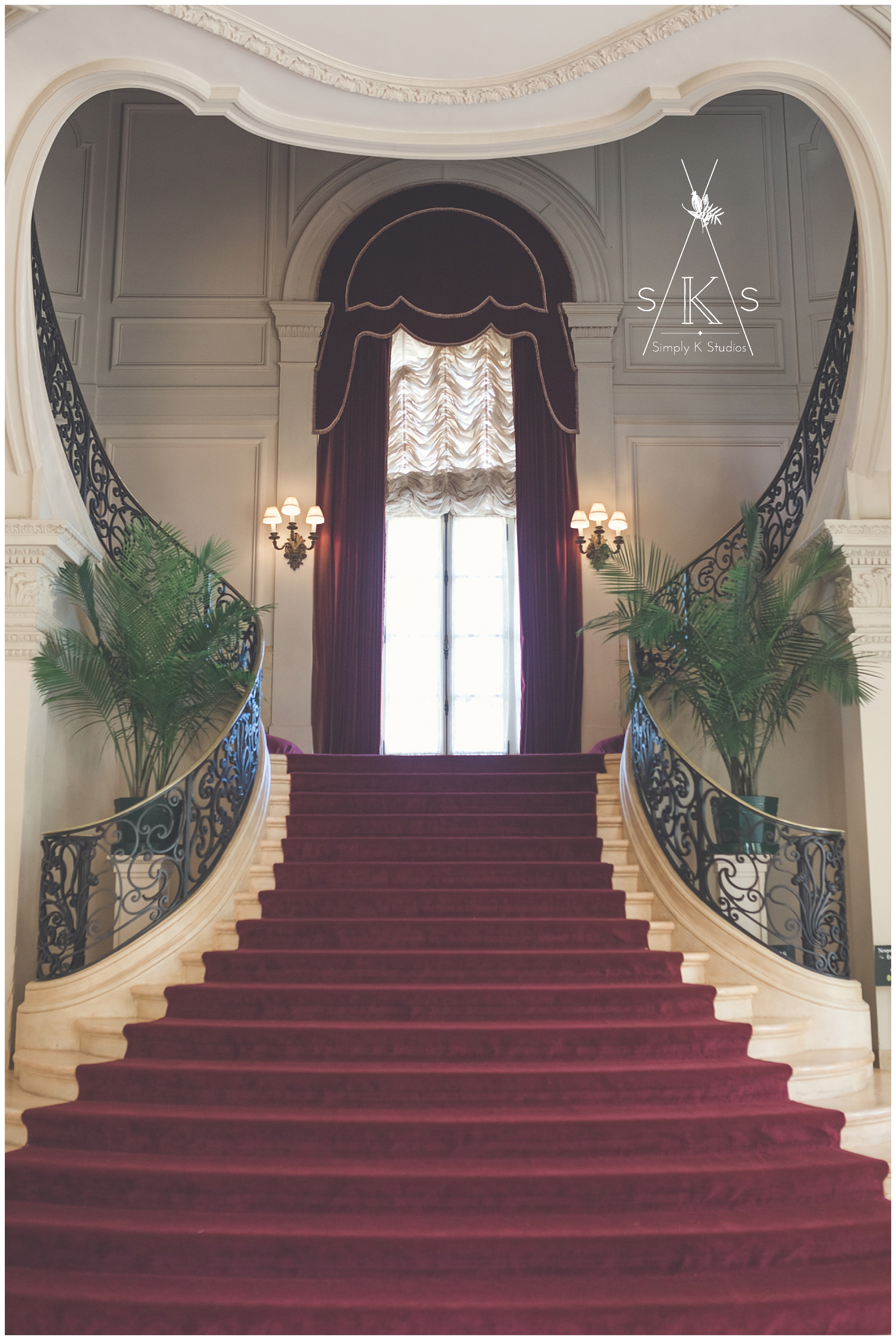 Grand Staircase in Rosecliff Mansion