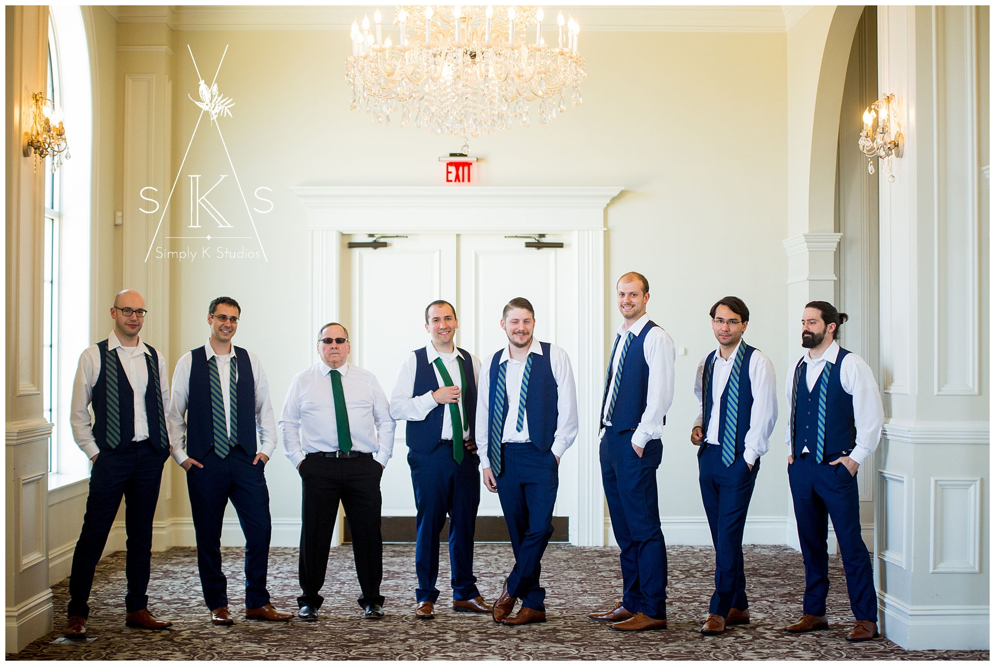 9 Groomsmen at a Wedding.jpg