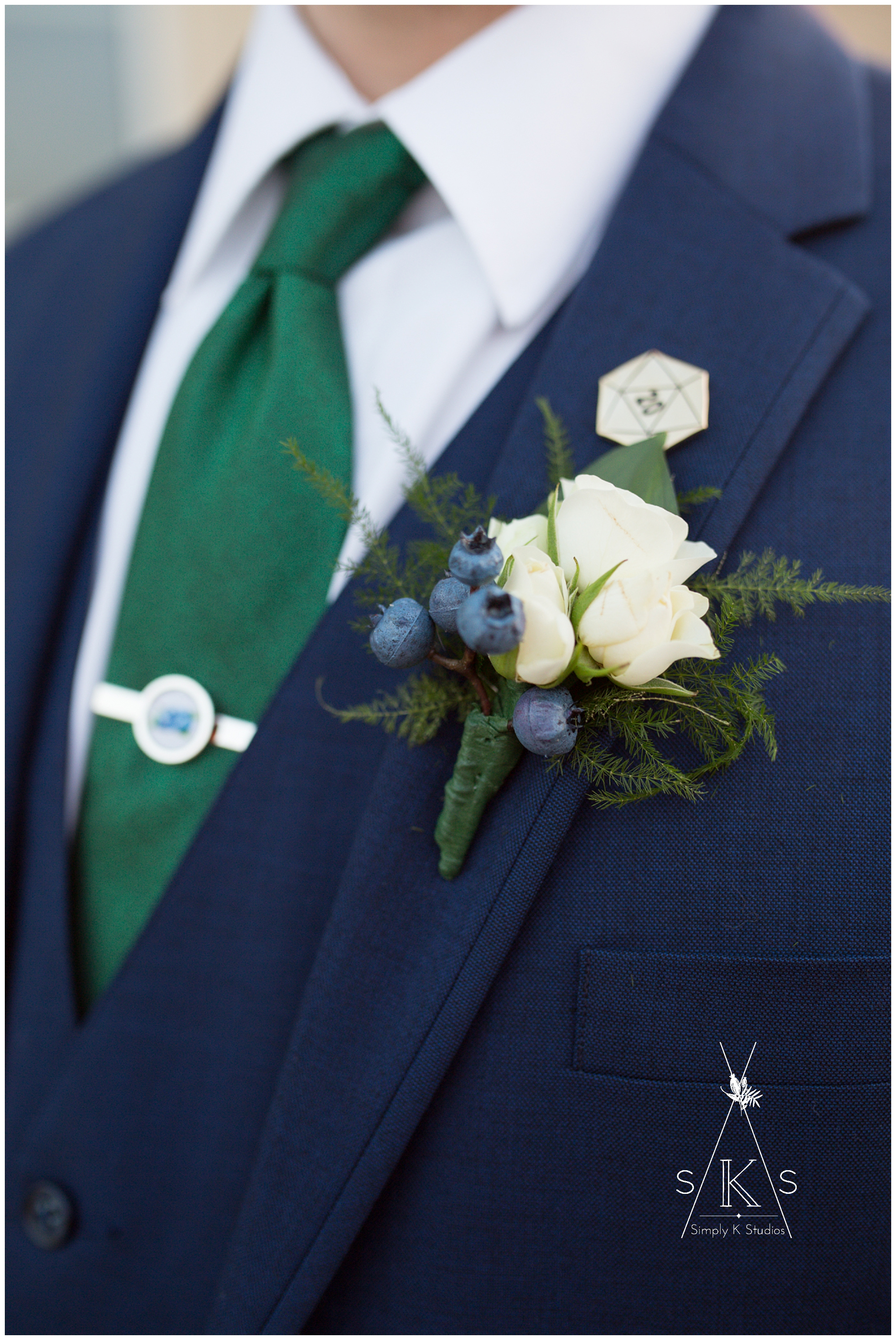 23 Boutonniere for a Groom CT.jpg