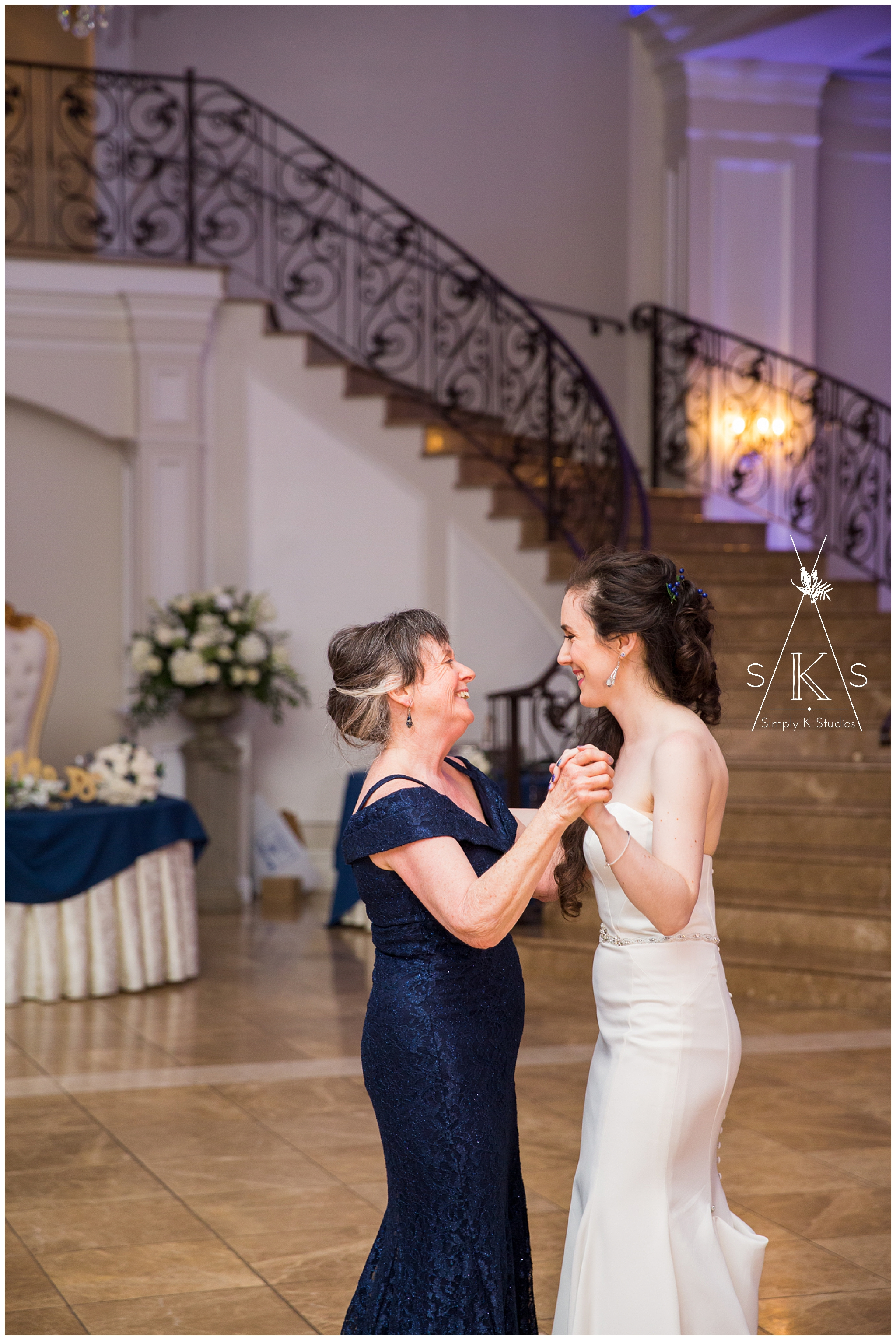 99 Mother Daughter Dances at a Wedding.jpg