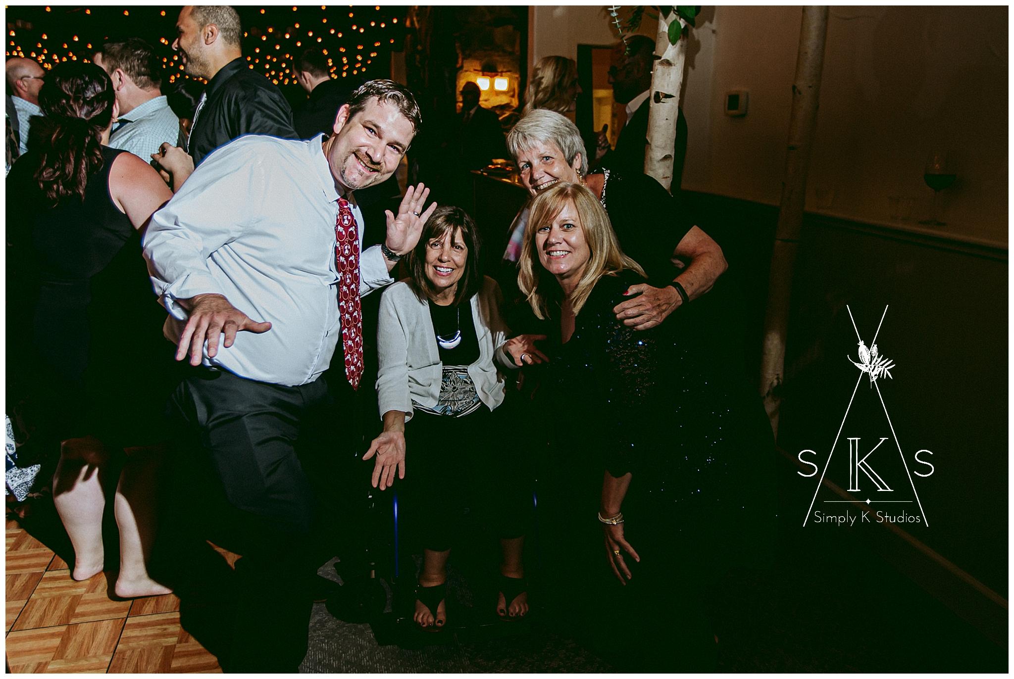 137 Family at a Wedding.jpg