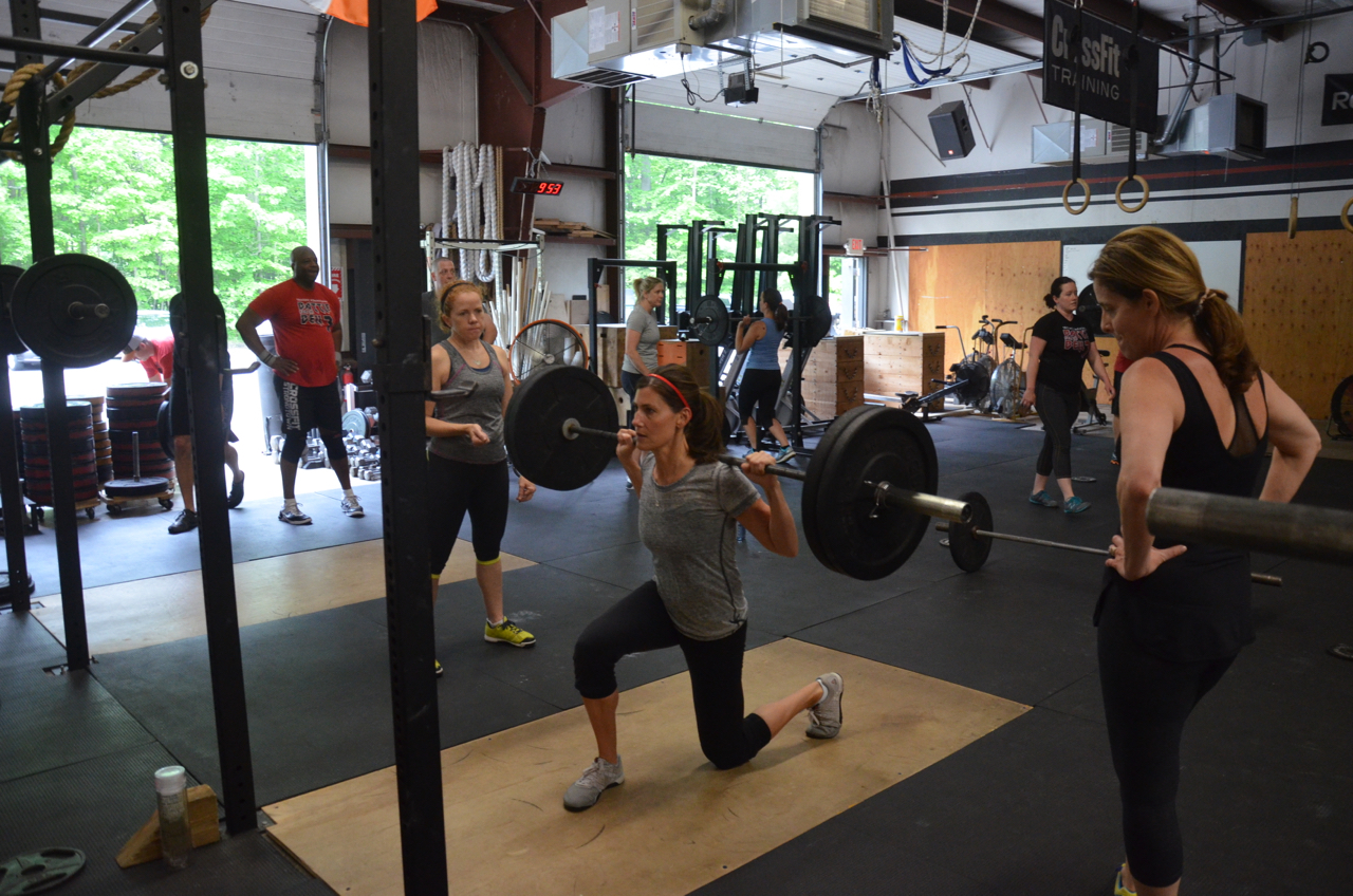 Sharon going with the back rack option on her barbell lunges.