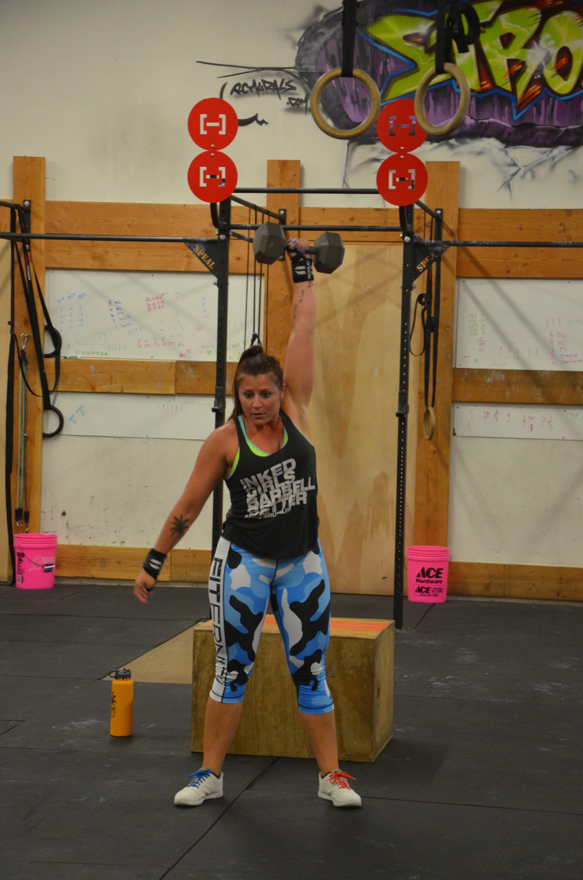 Rachie with a solid lockout on her snatch.