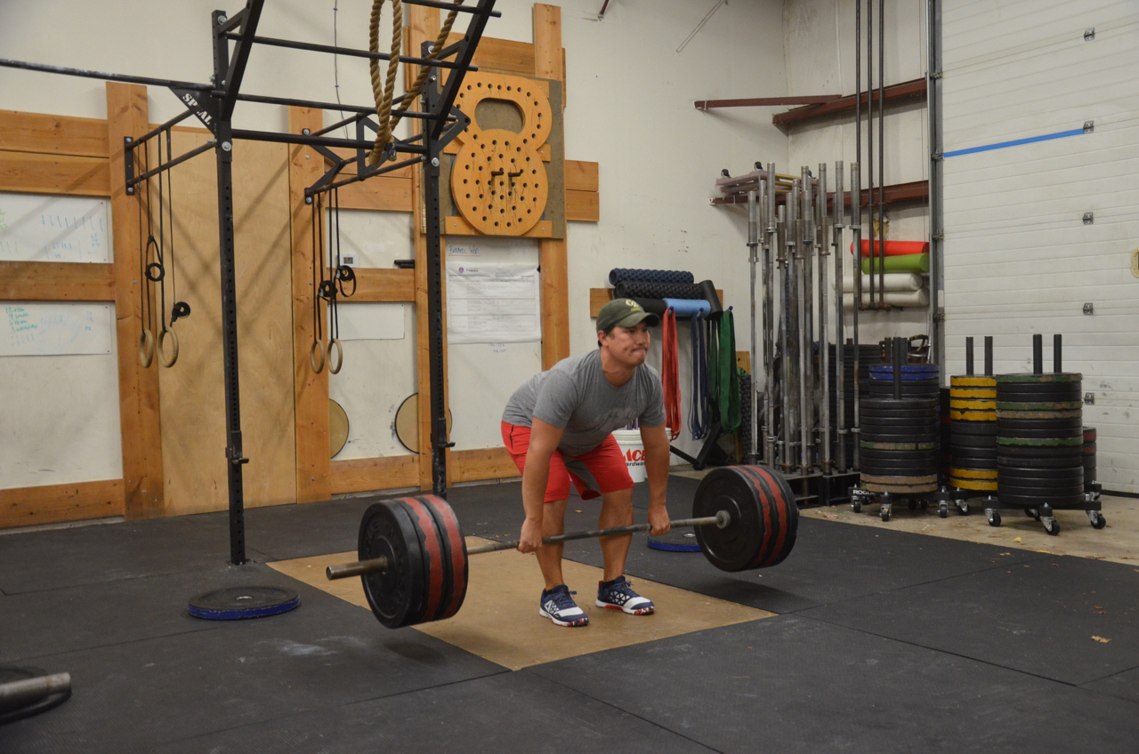 Toon looking strong on his deadlift.