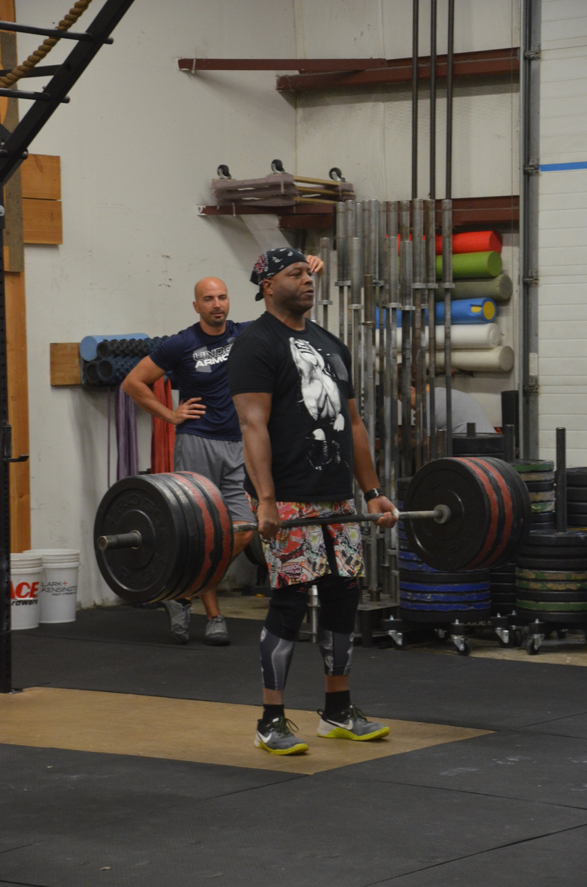 Big Mike looking strong on his deadlift.