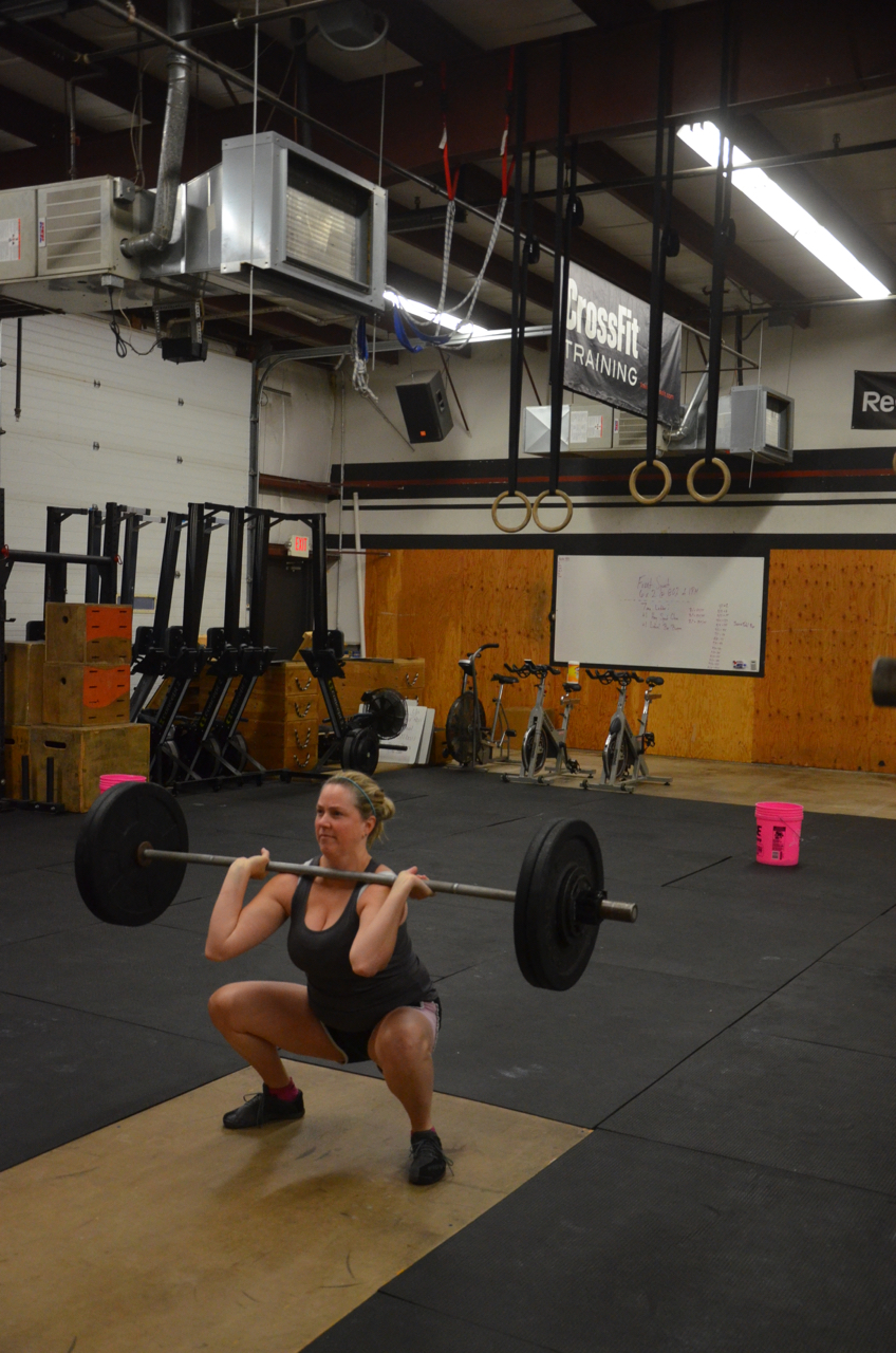 Kelly looking strong on her front squats!