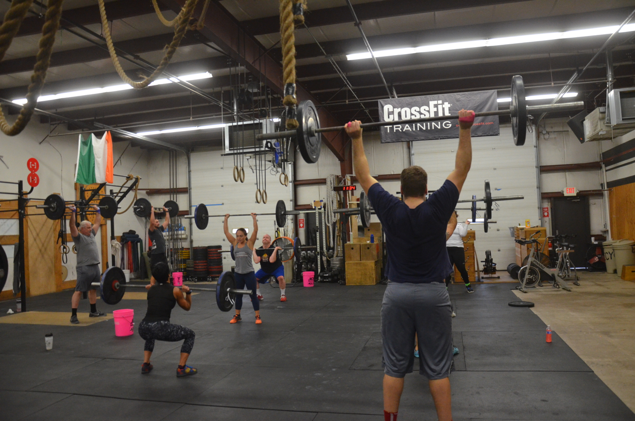 Saturday's 10:30 class closing out 2016 with Thrusters & Pull-ups.