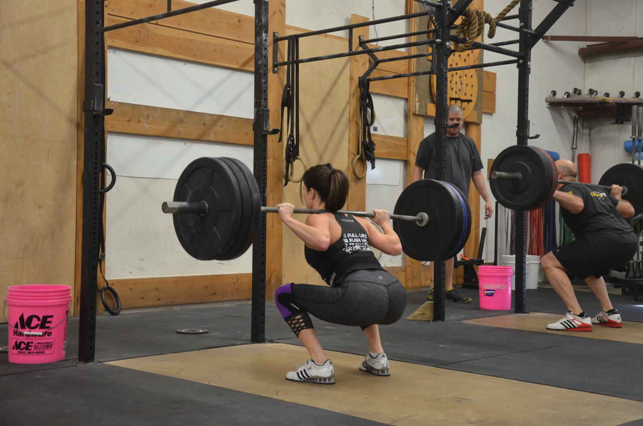 Jen looking strong on her 10 rep back squat!