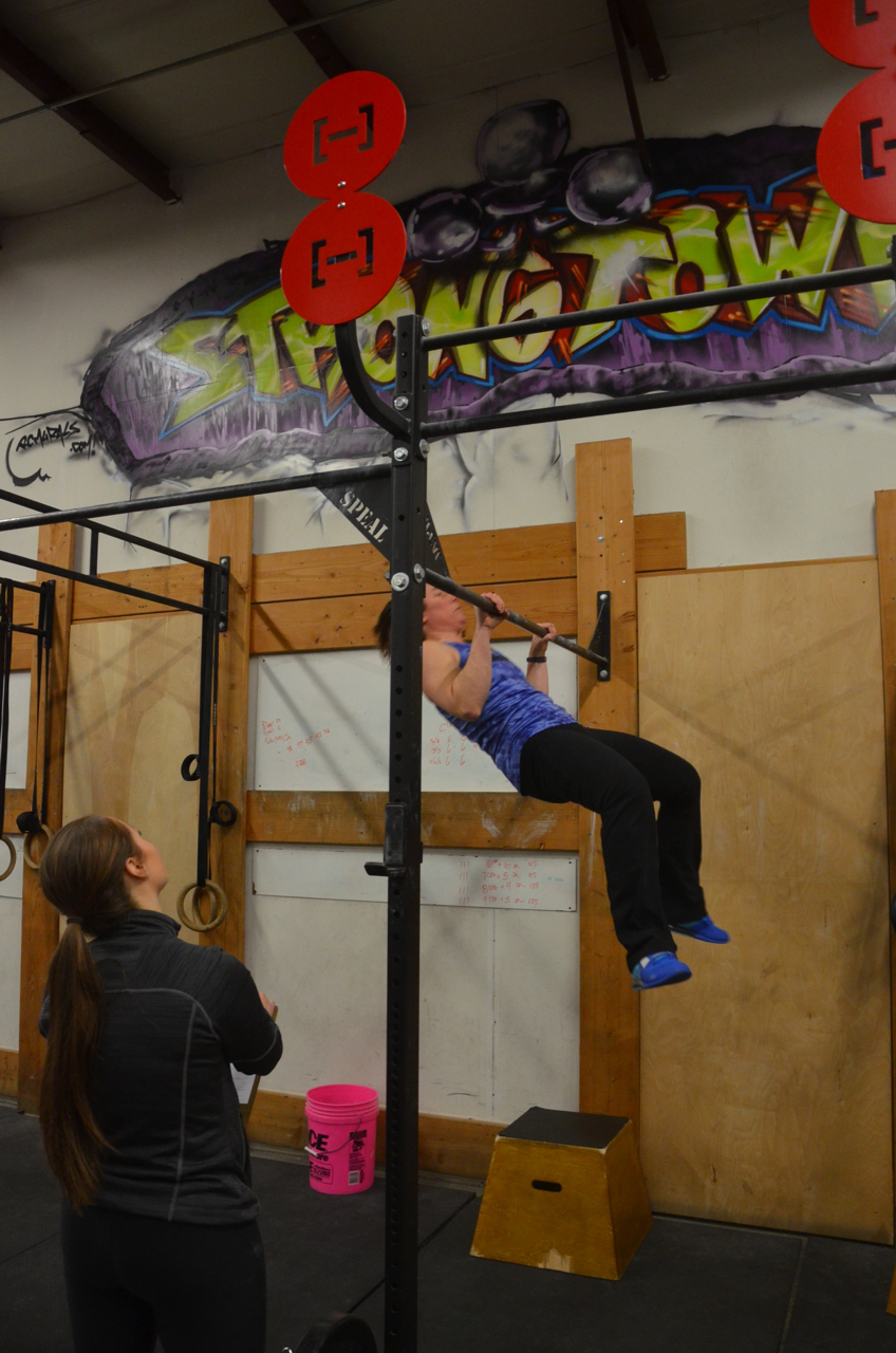 Rachel looking strong on her chest to bar!