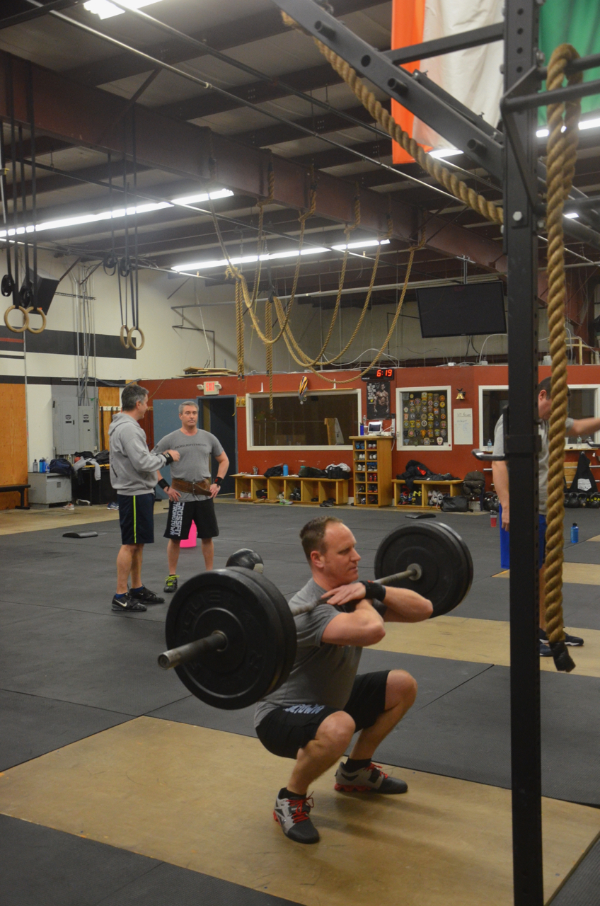 BVN working around a wrist injury in his front squats.