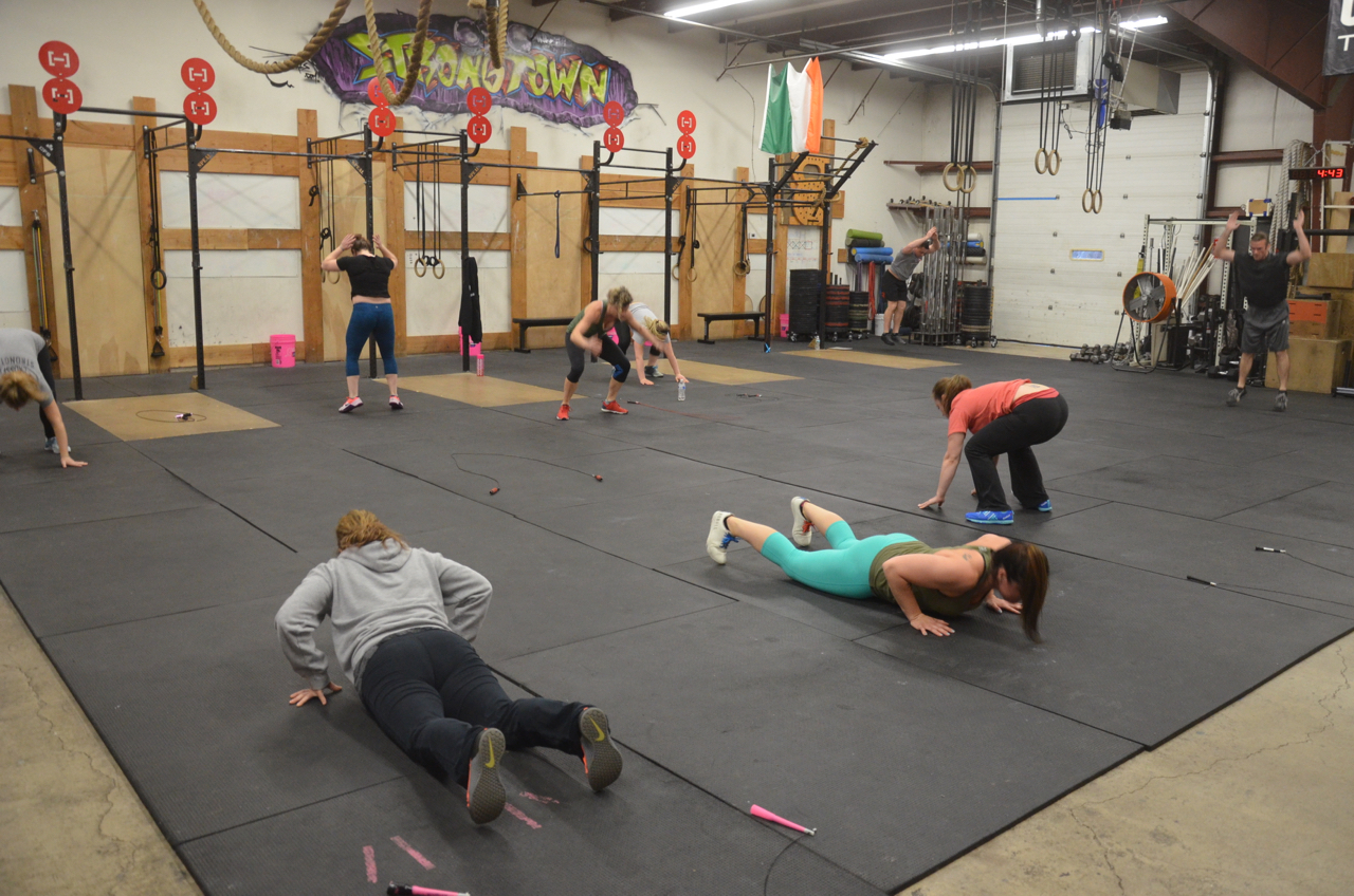 The 4pm class during their 20 seconds of burpees.