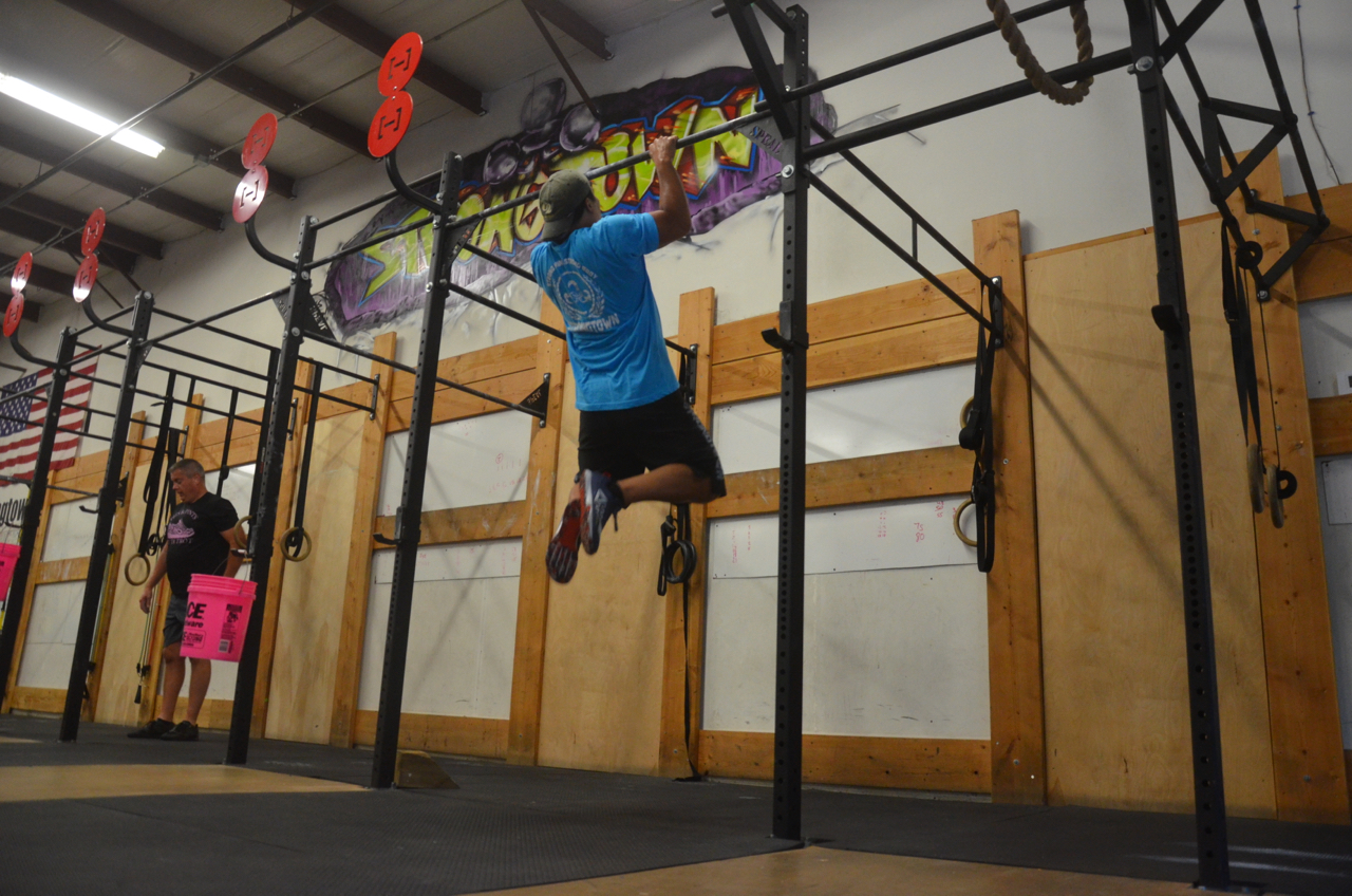 Toon flying through his burpee pull-ups.