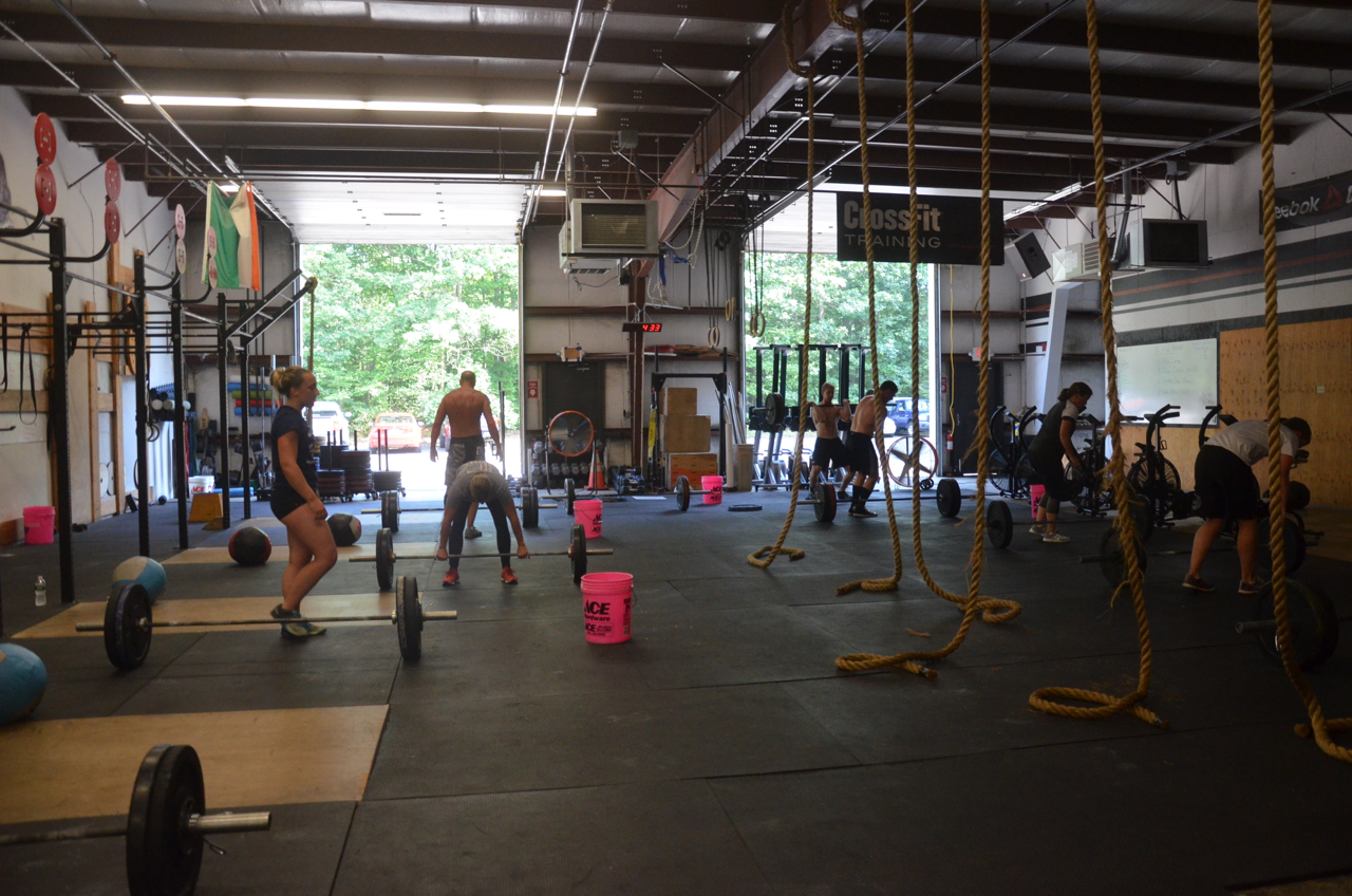 The 4pm class working through their 18 minutes.