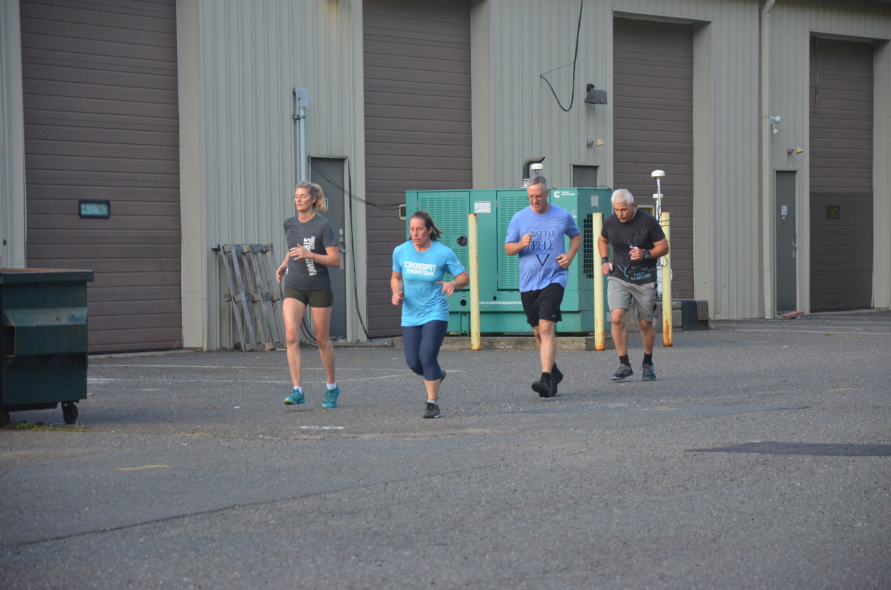 Hope, Rachel, Dave and Carl during their run.