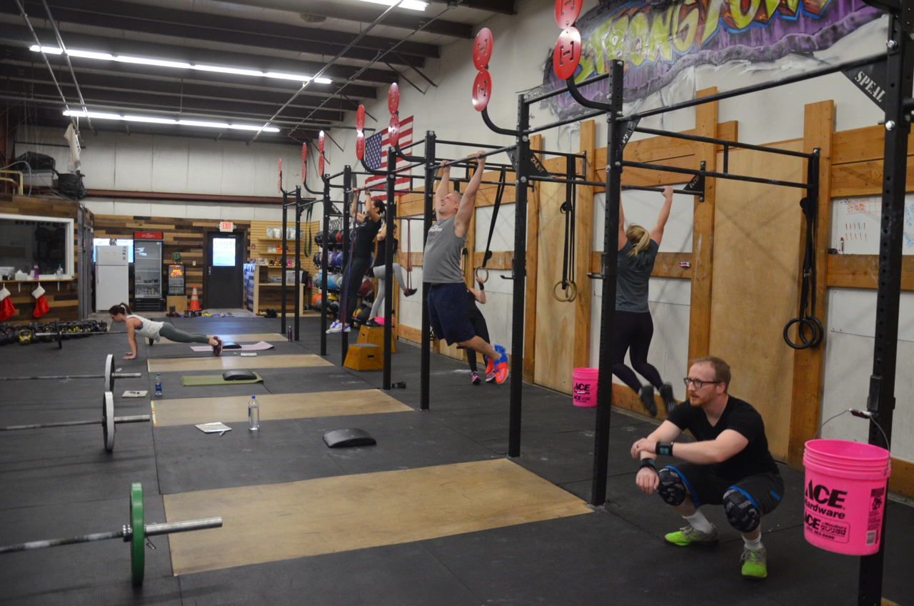 "The 8am class during their first round of 1 minute max rep ""Cindy"""