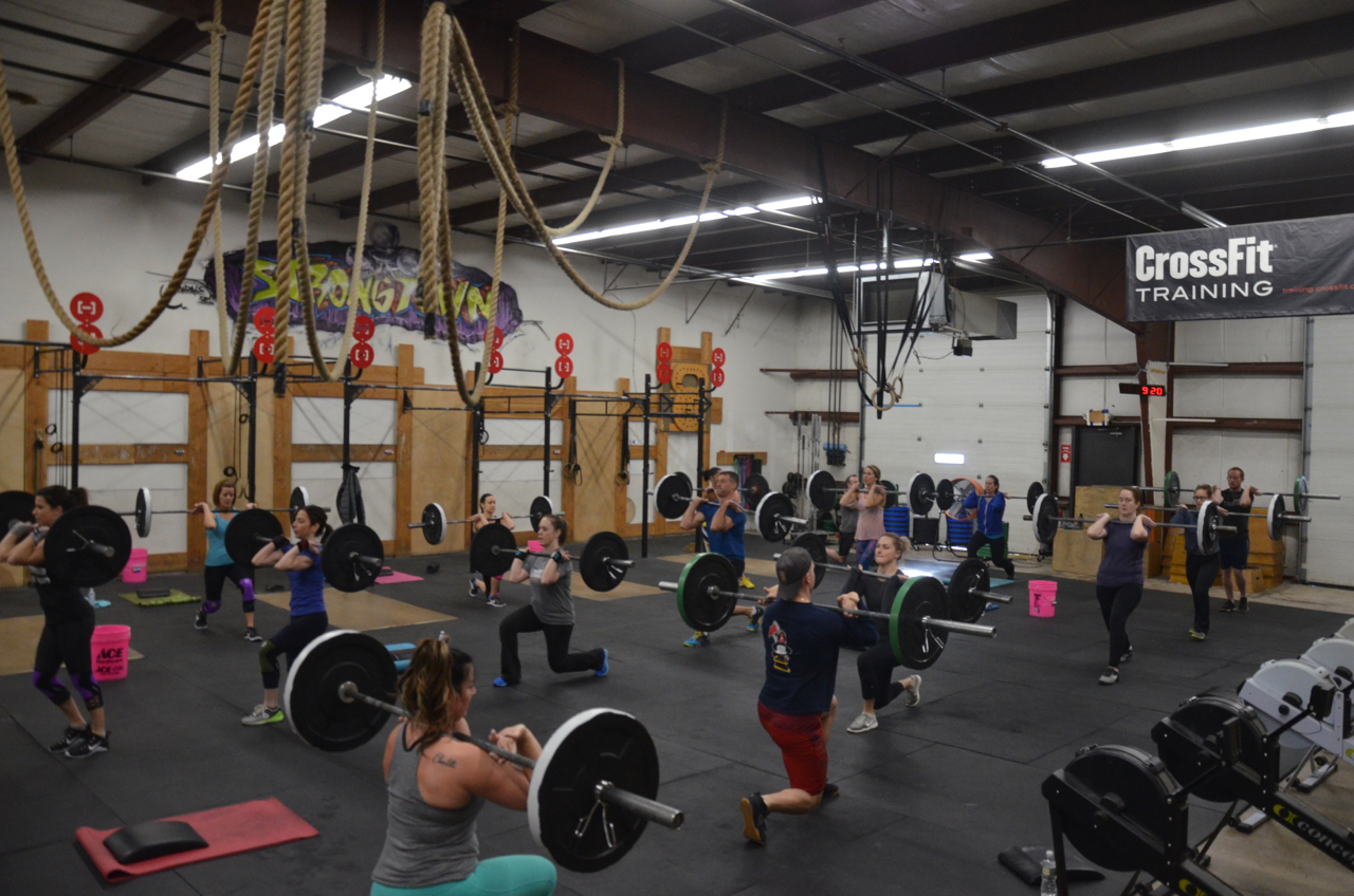 Packed house for the 9am Saturday class.