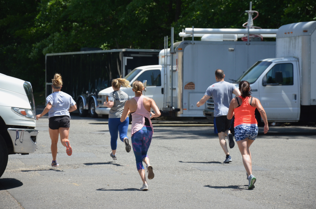 The noon class starting their mile.