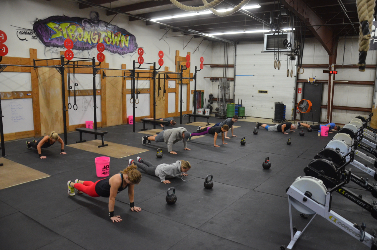 The 6am class starting their metcon.