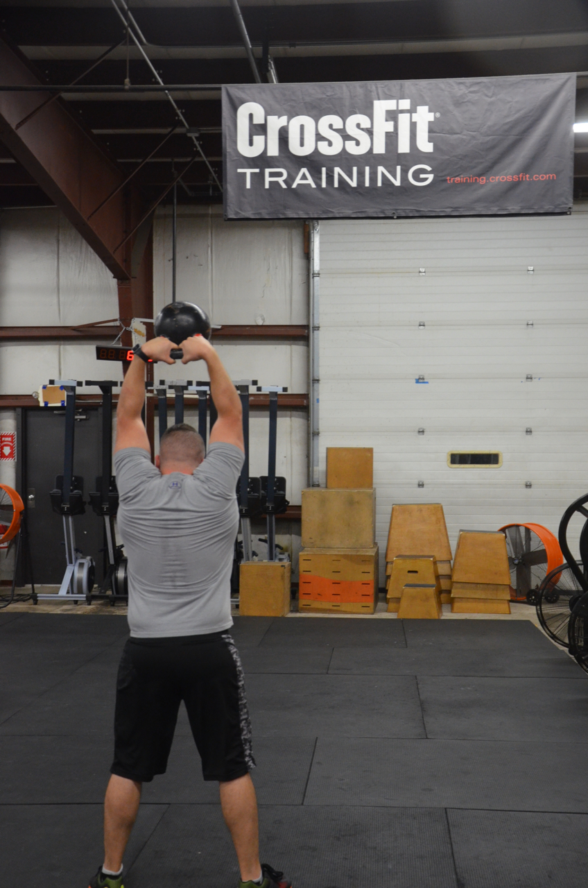 Matty looking strong with the 32 kilo kettlebell.
