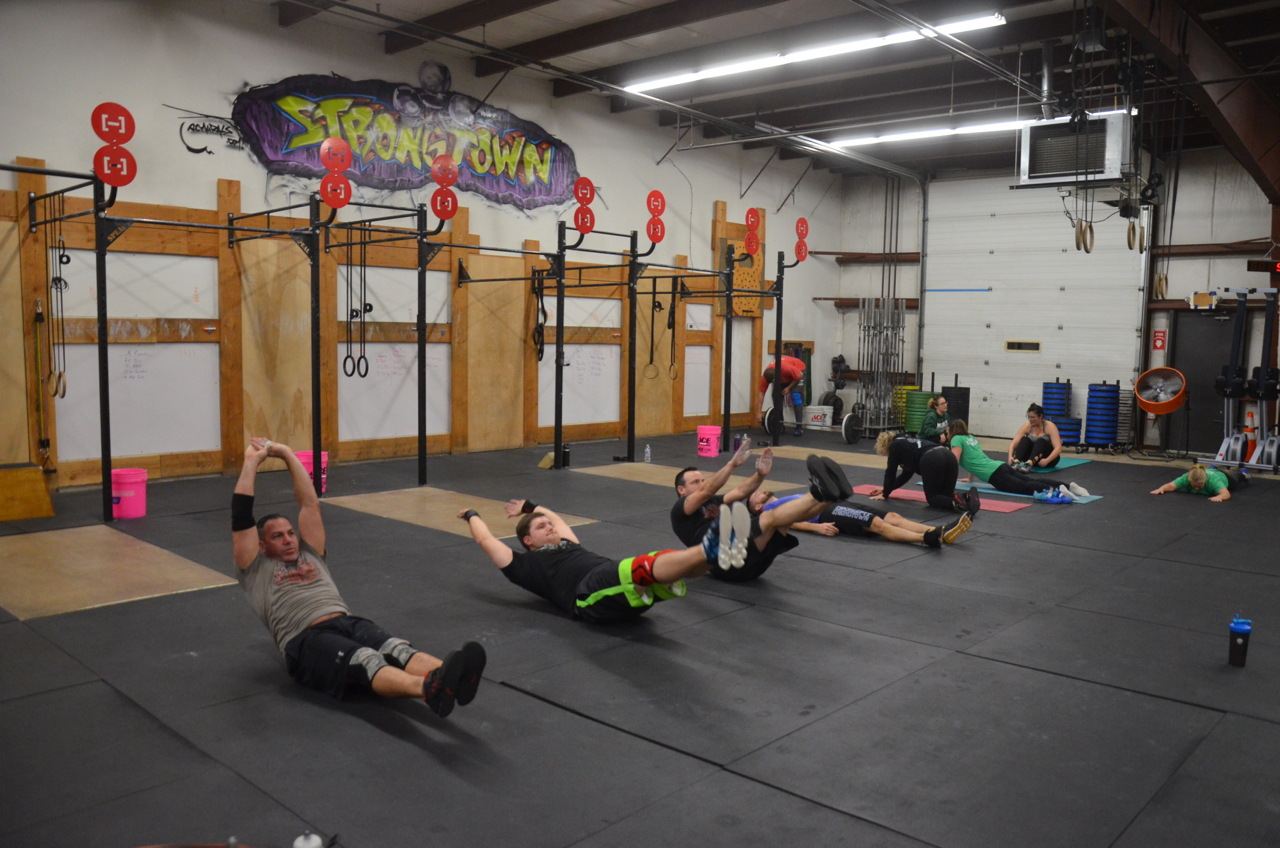 The 5pm class making abs.
