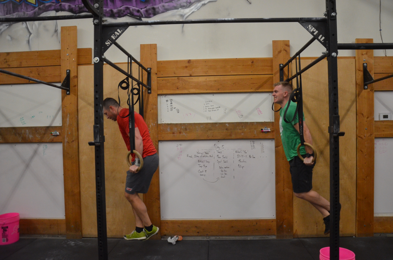 The Flash and the Green Lantern working through their ring dips.