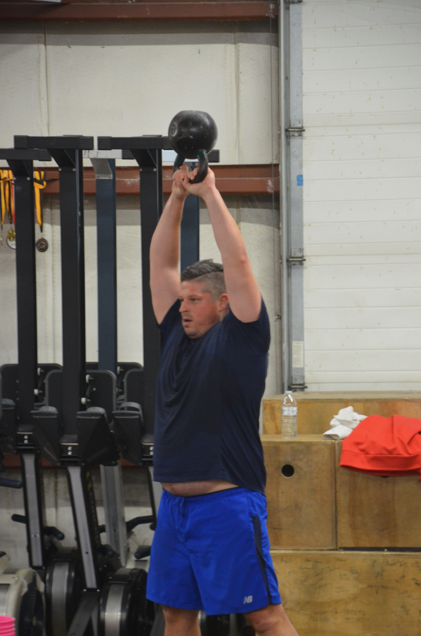 Jeff showing a nice lockout on his Kettlebell swings.