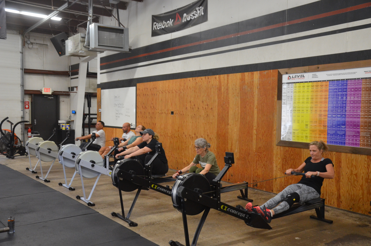 The 9:30am class on their first minute of rowing.