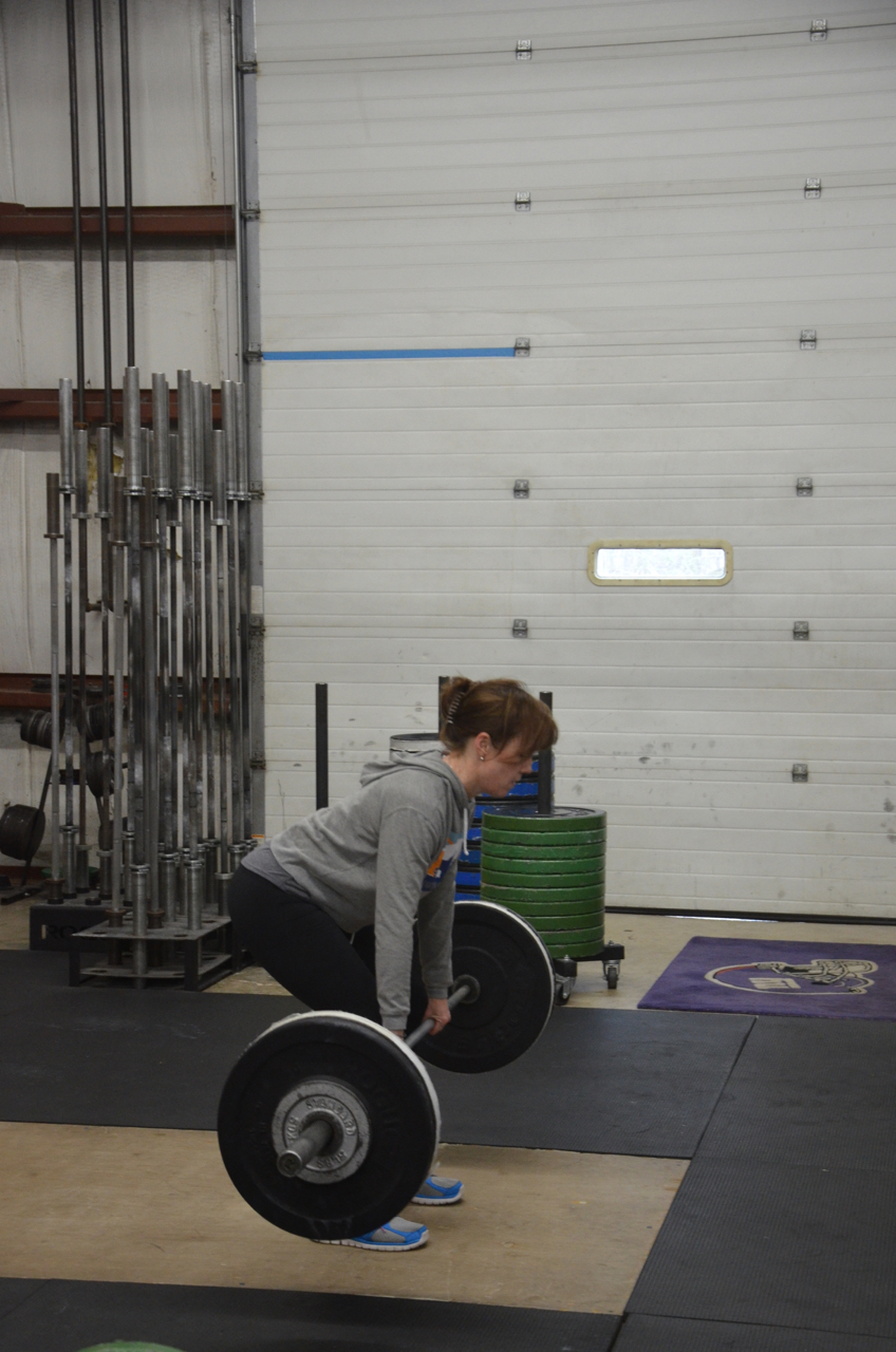 Shannon during her 5x3 Romanian Deadlift.