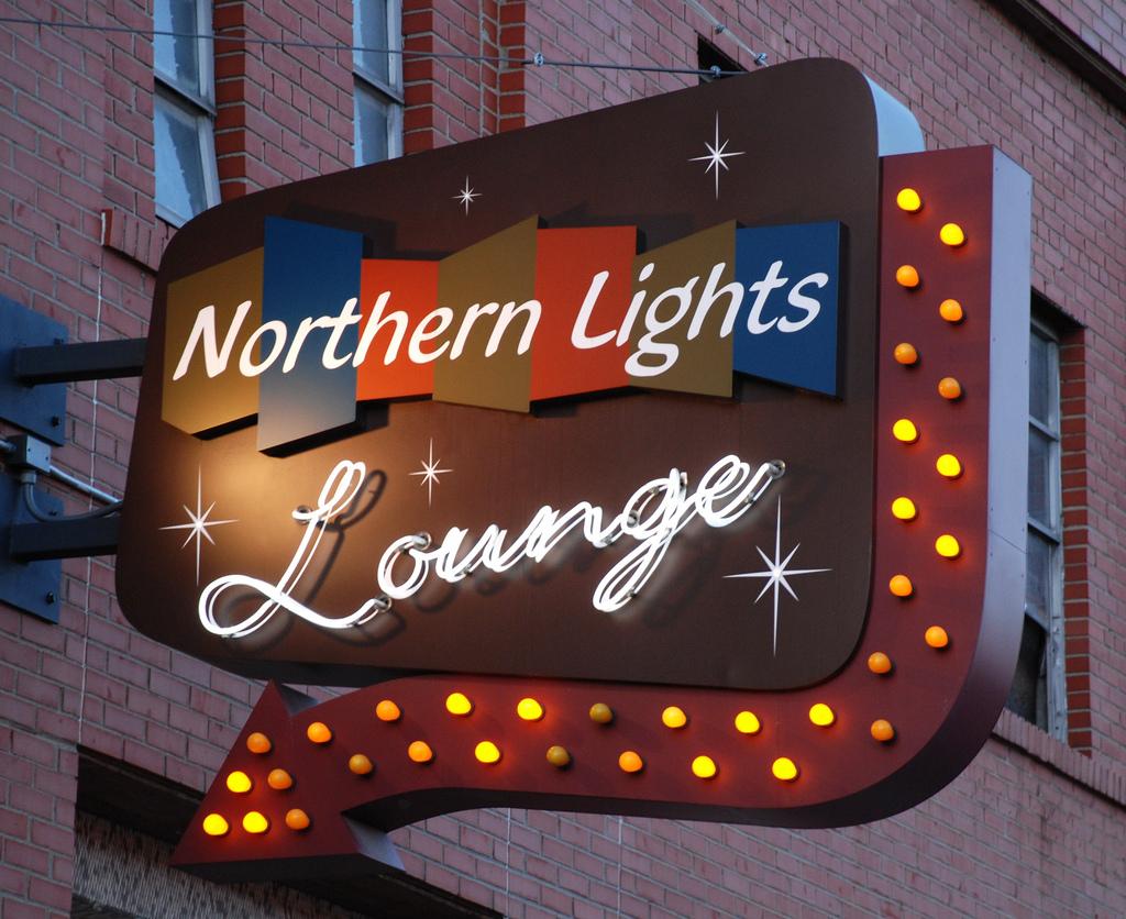 northern_lights_sign.jpg