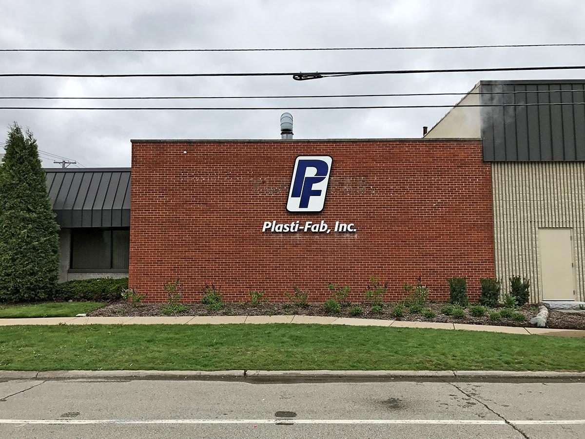 plasti-fab building sign.jpg