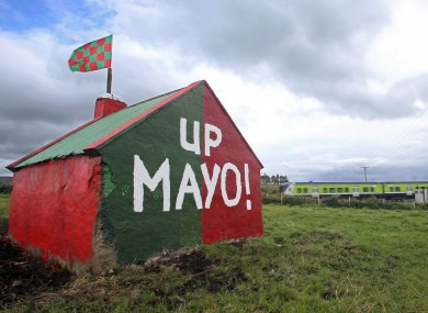 a-view-of-a-painted-shed-in-a-field-on-the-road-to-claremorris-2092012-3-390x285.jpg