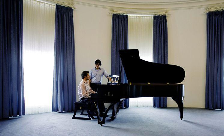 Justin Elliott chats with pianist Grigorios Zamparas