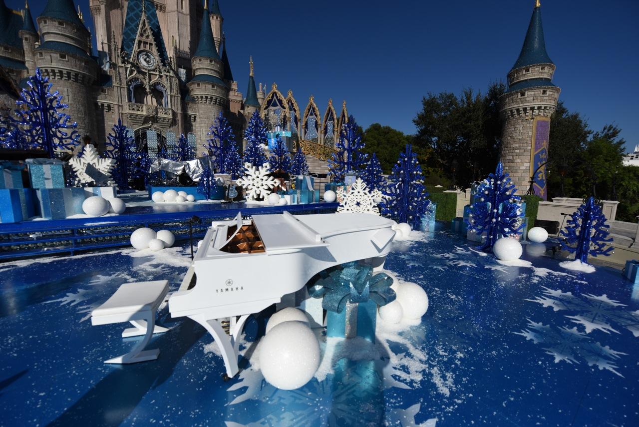 Flat White design for David Foster - Disney Christmas