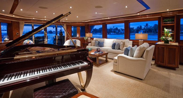 Sol Vas Yacht - Mahogany with gold