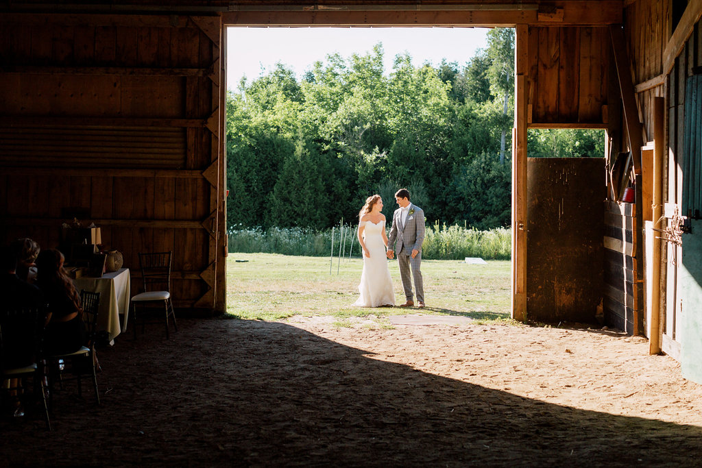 blush barn wedding hayley paige bride groom modern