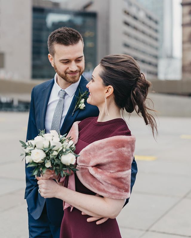 Who said brides have to wear white! Ben and Leanne at Toronto City Hall ❤️