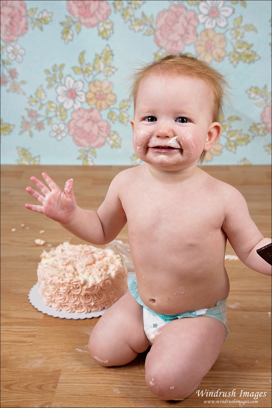 Messy cake smash photography session in Calgary Photography studio