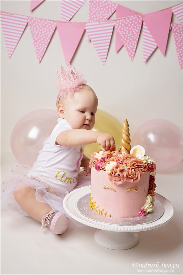 unicorn-cake-smash-calgary-photographer