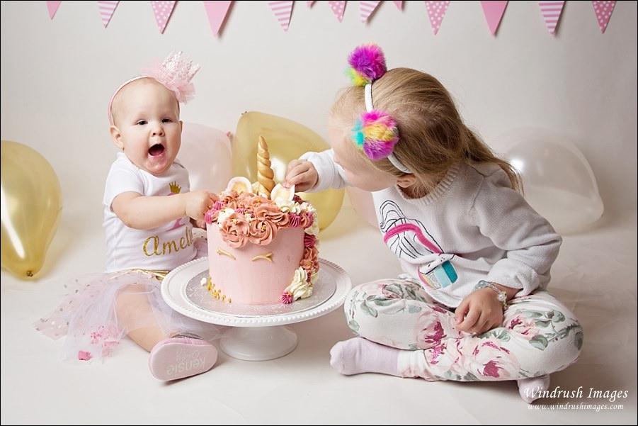 siblings-smash-cake-together-Calgary-photography