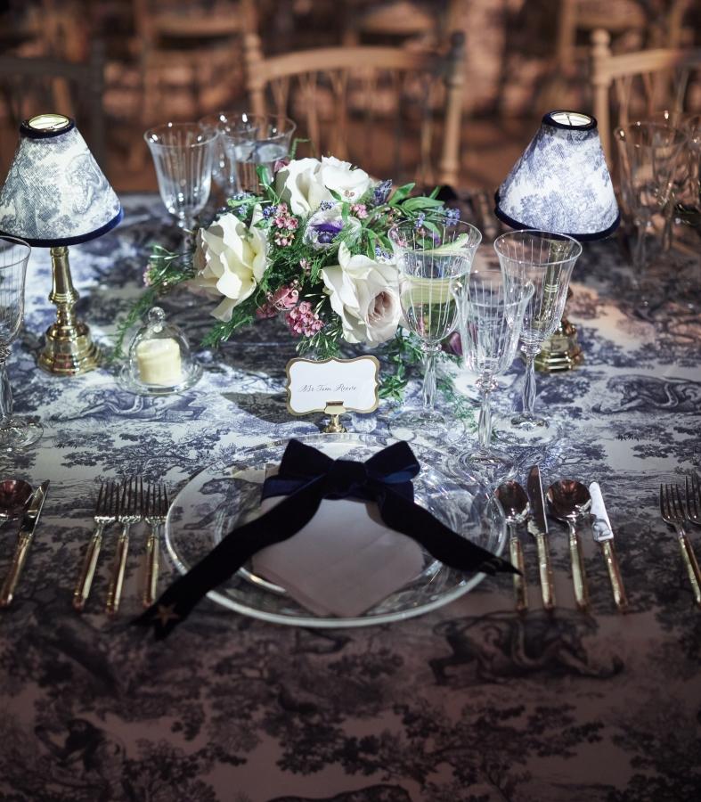 Tablecloths_linens.jpg