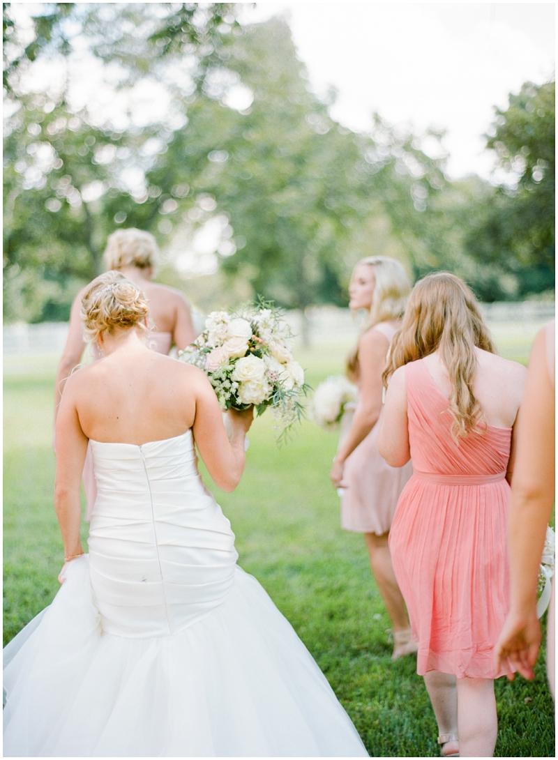 Chandelier Grove Wedding_0009.jpg