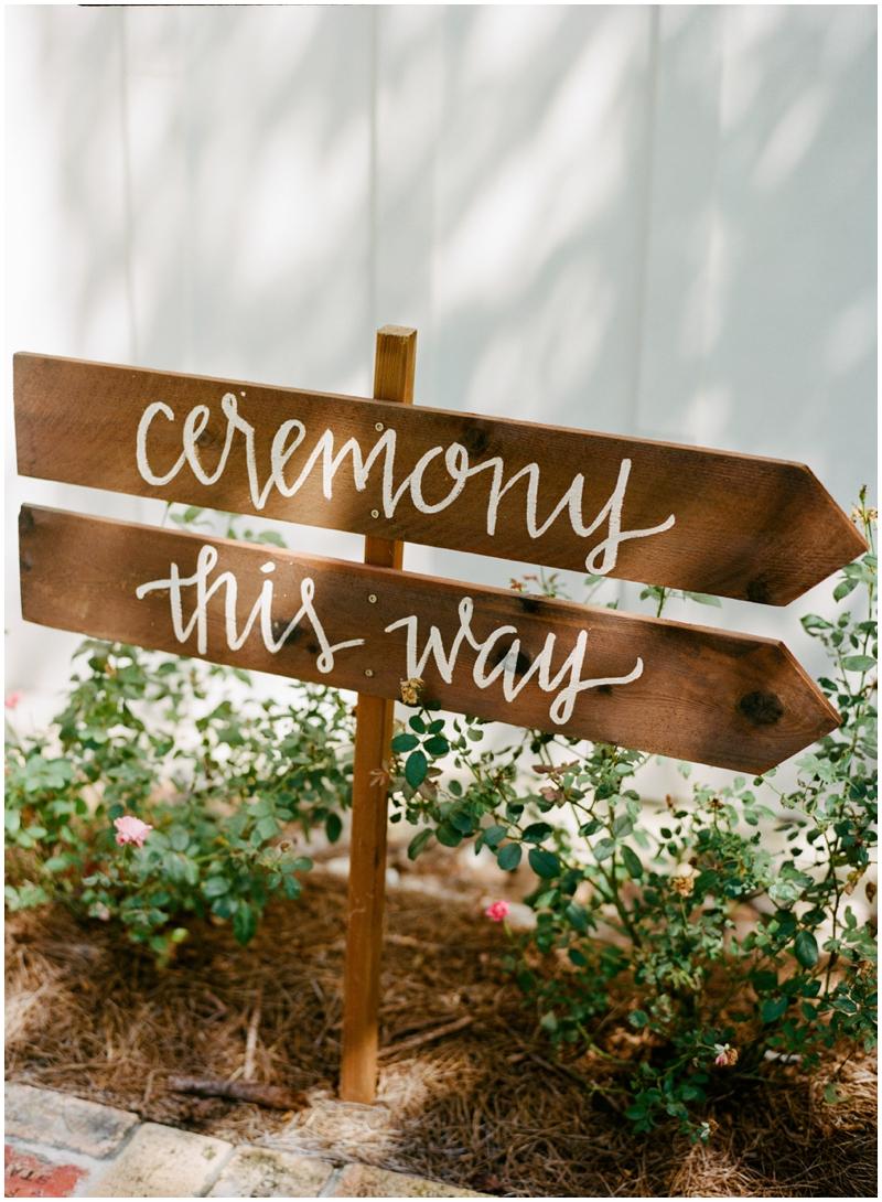 Chandelier Grove Wedding_0016.jpg