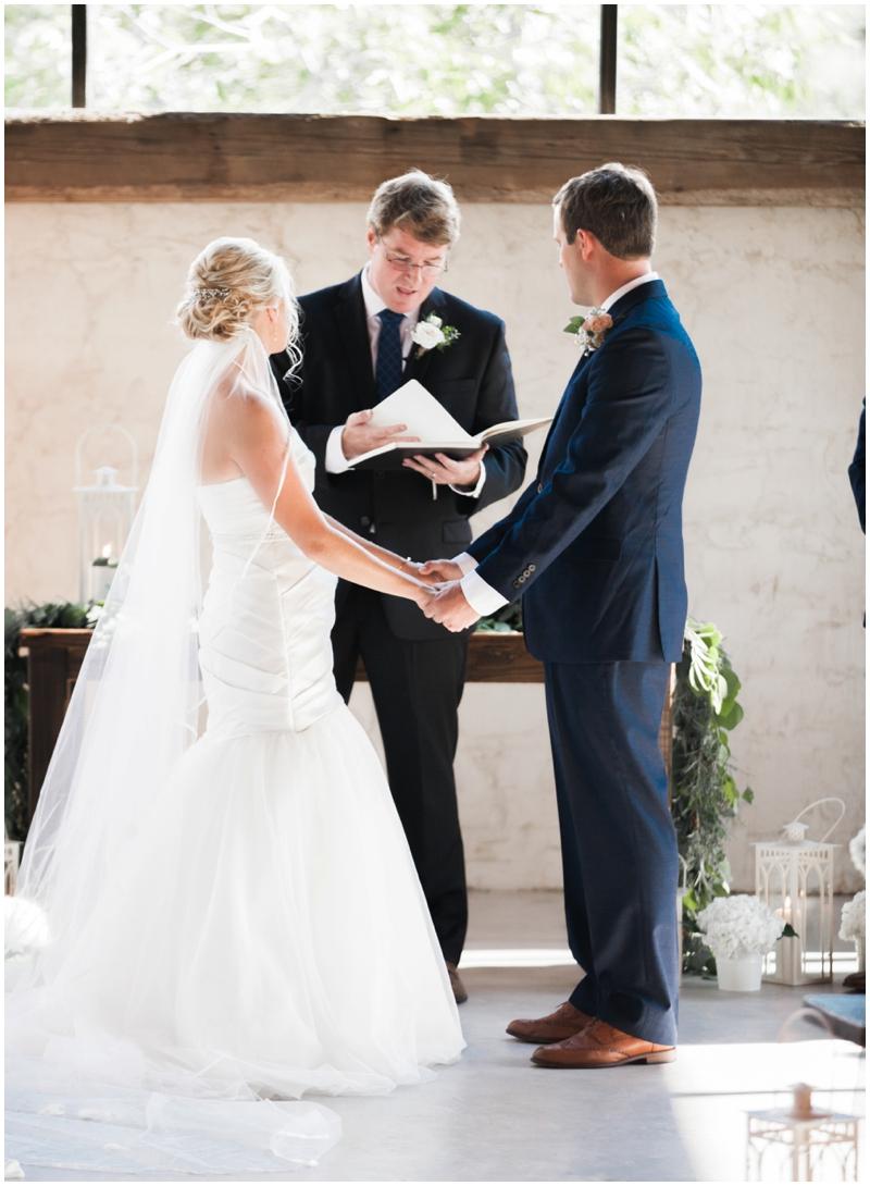 Chandelier Grove Wedding_0027.jpg