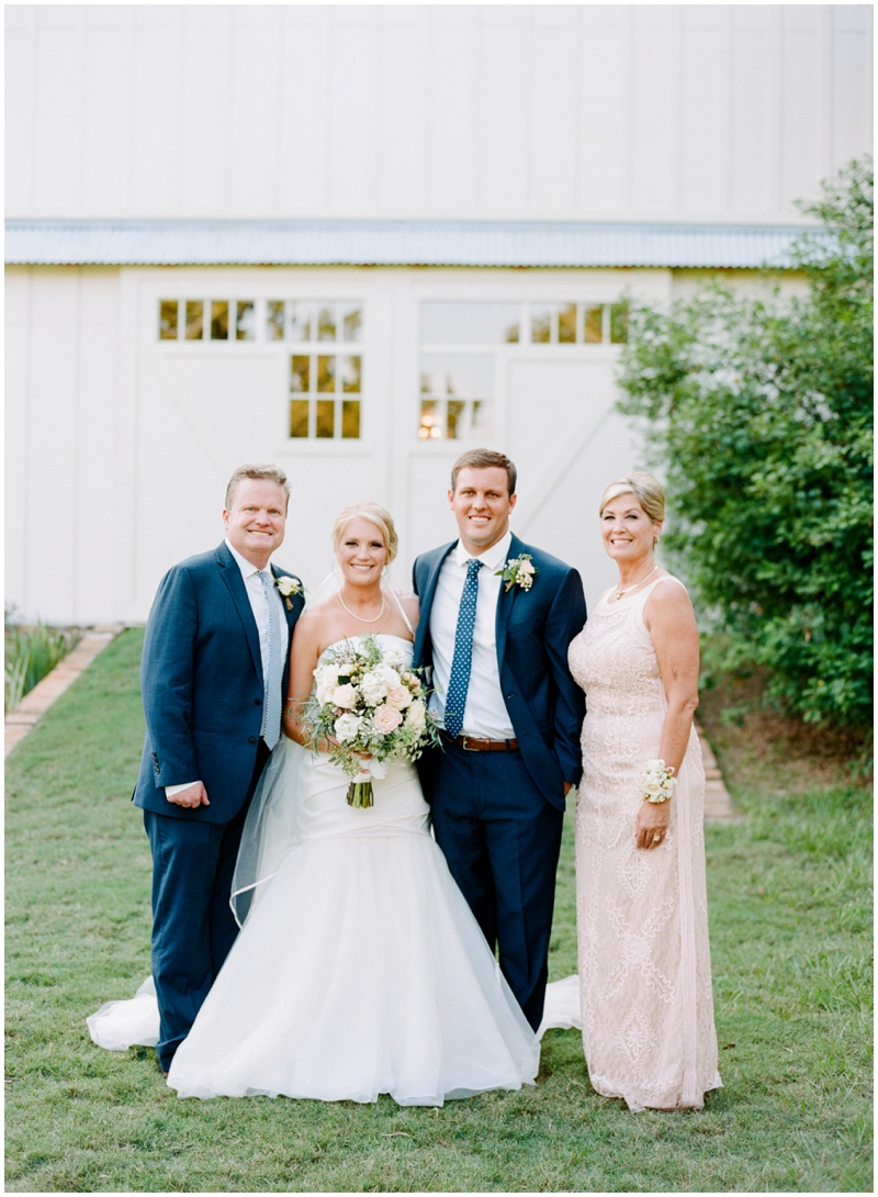 Chandelier Grove Wedding_0036.jpg